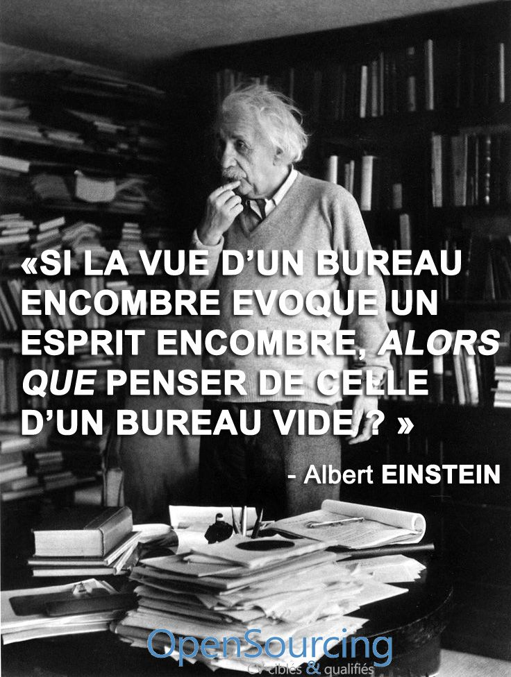 Définition de Clean Desk Man selon Einstein