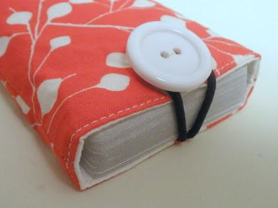 Fabric card holder tutorial, for when the box is missing.....