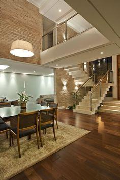 Casa brasileira com arquitetura e decoracao moderna - linda! Revestimento, tijolo aparente, textura, iluminacao, projeto arquitetura interiores
