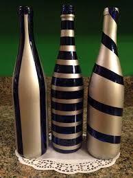 Resultado de imagem para spray paint wine or other bottles white (let dry), then light blue (let dry), then darker b