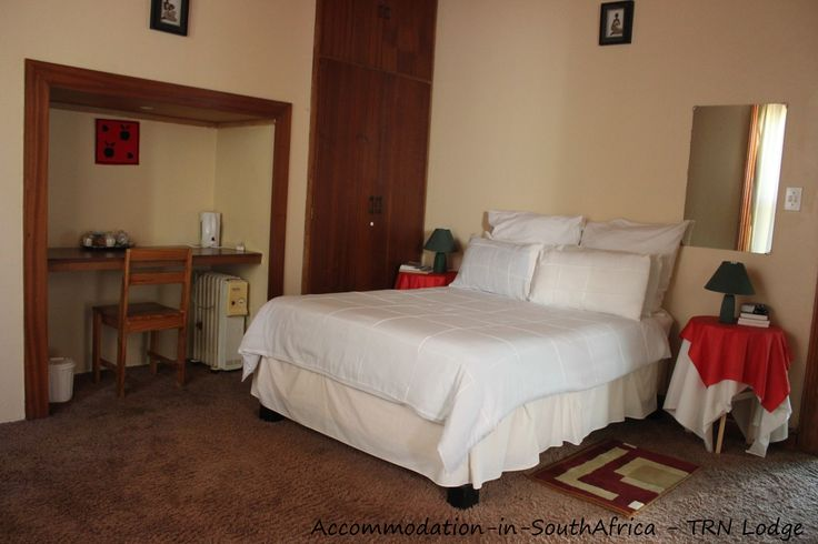 Lodges Fort Beaufort. Fort Beaufort accommodation. Beautiful rooms at TRN Lodge.