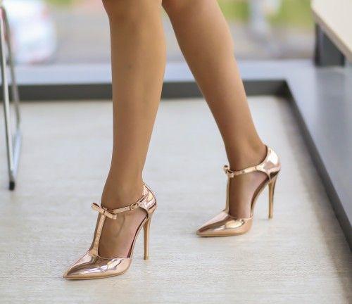 Pantofi cu bareta pe glezna eleganti aurii
