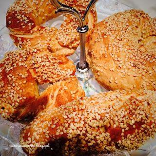 vanilya kokan ev: Sütlü-Tereyağlı Simit
