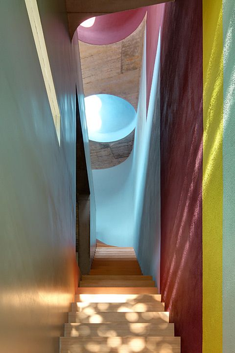 staircase by Ludloff + Ludloff Architects, photo © Jan Bitter: Photo Jan, Colors, Ludloff Architekten, Jan Bitterness, Interiors Design, Earth Heavens, Lights Refract, Interiors Colour, Ludloff Architects