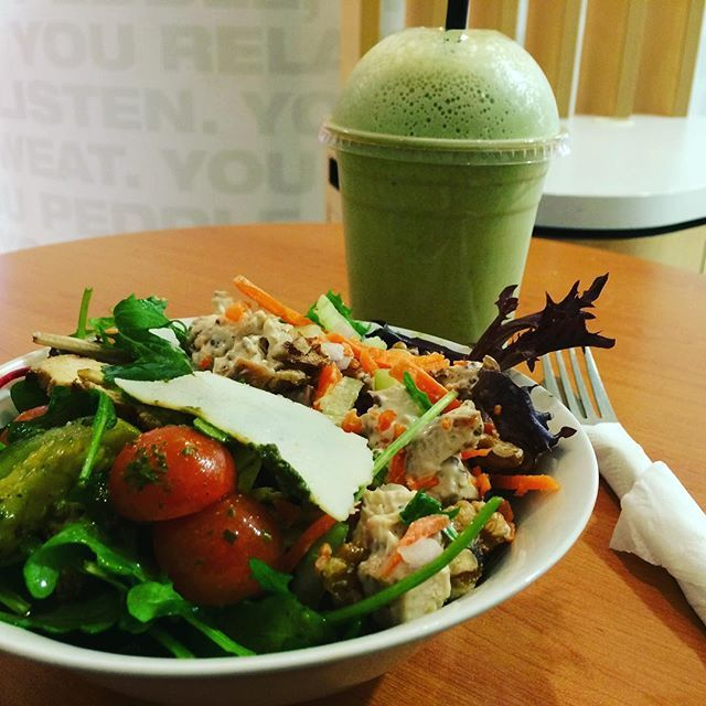 Loving our Vcafe lunch today. Tasty chicken and walnut salad, chicken pesto salad and a fabulous peanut butter and spinach shake. Just what #thursday is all about. #2delicious4words #salad #chicken #chickensalad #pesto
