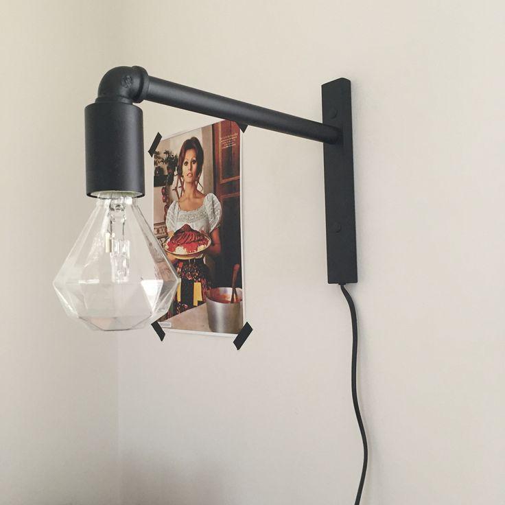 Lamp Thijs van Karwei met diamant gloeilamp