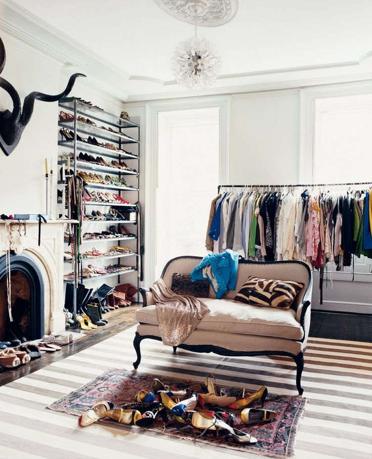 At home, Jenna Lyons has the great luxury of allowing her extensive wardrobe a room of its own | domino.com