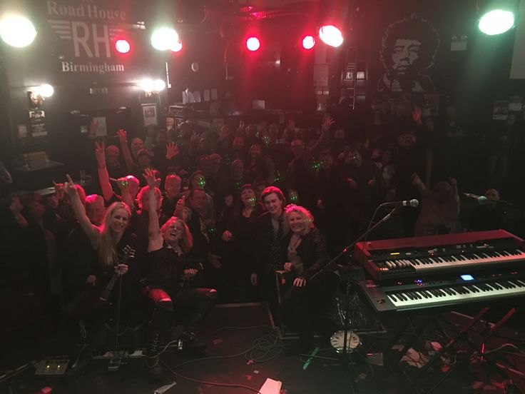 Here's our selfie shout-out at The Roadhouse Birmingham last week. Your turn TONIGHT!!!!! The Green Note Camden - We'd love to see you - get on http://www.wegottickets.com/event/340131 now and bag one or two of the last few tickets available.