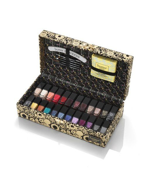 GIVEAWAY: BeautyStat.com's 2014 Holiday Gift Guide Review: 15 Best Buys For The Beauty-Obsessed Gal - RE-PIN, COMMENT TO WIN!