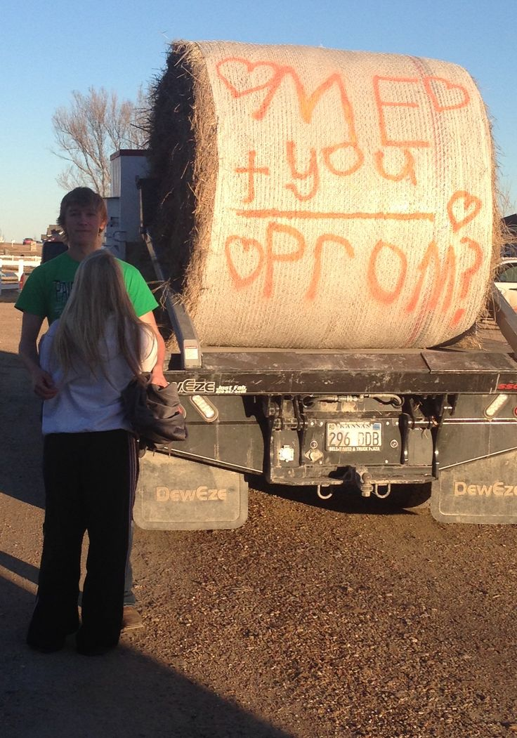Idea for asking a girl to prom farmer style! Too cute! Prom proposal! How sweet is this?