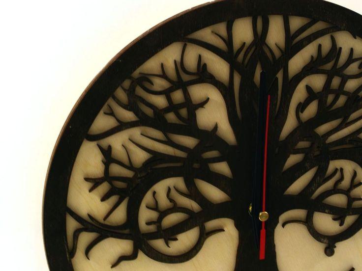 #wooden #clock #wood #handmade #designe #modern #clocks #indigovento #watches #gift #happyclock #woodwork #woodshop #home #deco #decoration #decor #homedecor