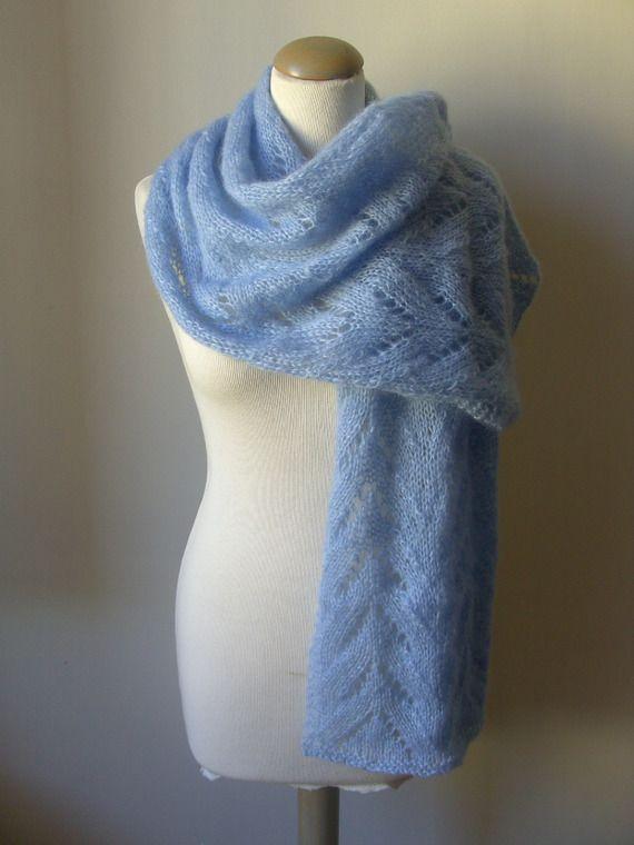 Etole/ Echarpe, tricotée main en maille dentelle soie et kid mohair