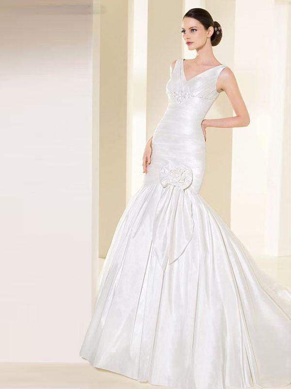 10 besten Hourglass, Mermaid, trumpet Wedding Gowns Bilder auf ...