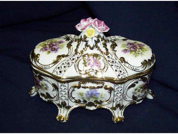 Porcelain Trinket Box :