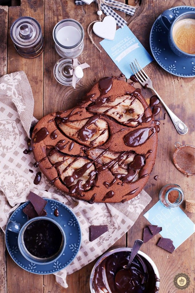 Eat & travel   Pear & chocolate cake