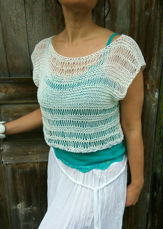 Check out this item in my Etsy shop https://www.etsy.com/ru/listing/514535094/cotton-cropped-top-handknitted-lase-top
