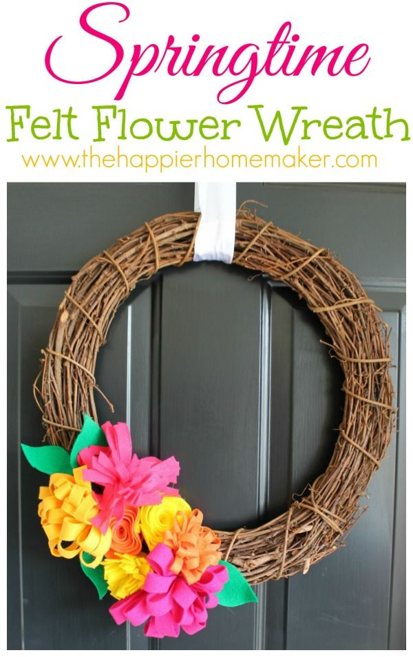 how cheerful!!  Spring Wreath and Felt Flower Tutorials: Door Wreaths Hangers Decor, Flower Tutorials, Diy Wreaths, Flower Spring, Felt Wreaths, Spring Wreaths, Felt Flower Tutorial, Felt Flowers, Felt Flower Wreaths