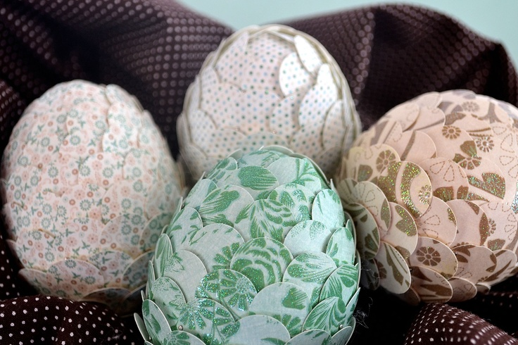 Perfect craft for next Easter.: Crafts Ideas, Easter Crafts, Easter Spr, Punch Easter, Paper Punch, Easter Eggs, Eggs Tutorials, Christmas Ornaments, Punch Eggs