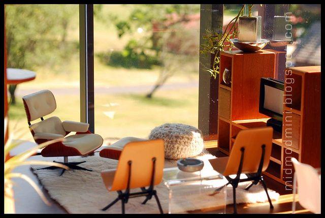 Love all the details!!! Brinca Dada Edward Modern Dollhouse   via Flickr, Atomic Blythe