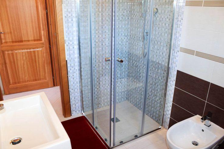 Oltre 1000 idee su bagno attico su pinterest conversioni - Caldaia all interno dell appartamento ...