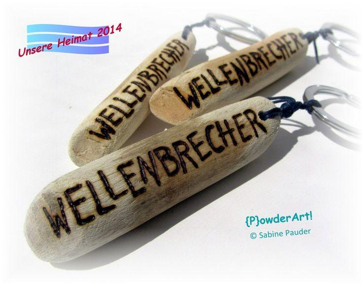 WELLENBRECHER Treibholz & Gravur Schlüsselanhänger von {P}owderArt! auf DaWanda.com