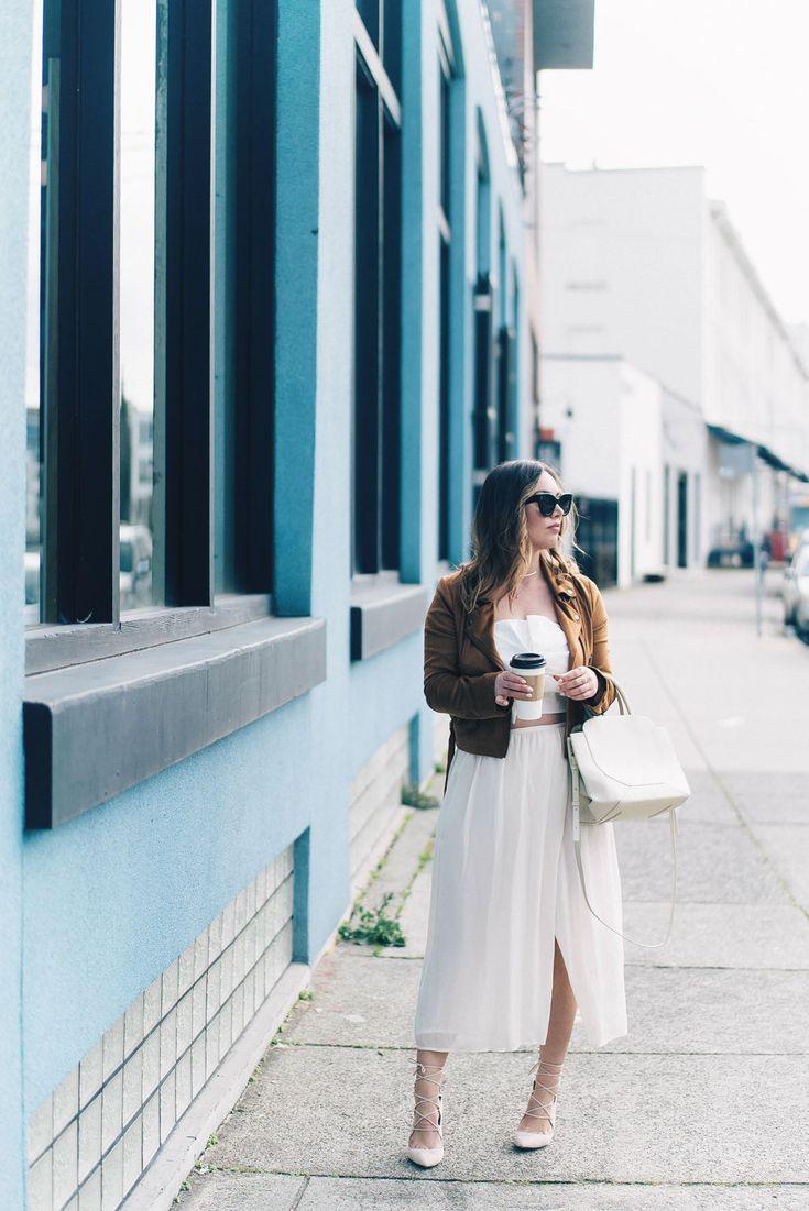 Западные стиль советы тенденция в Lovers + Friends замшевую куртку, Revolve одежда, юбка Aritzia, Chicwish обрезается сверху, Райе каблуков, Бега мешок, Лия Александры ювелирные изделия, Celine солнцезащитные очки в стиле от К Vogue или бюста