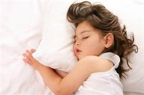The Real Reason Why Kids Never Want to Go to Sleep - http://www.robiouscorridor.com/8916-2/