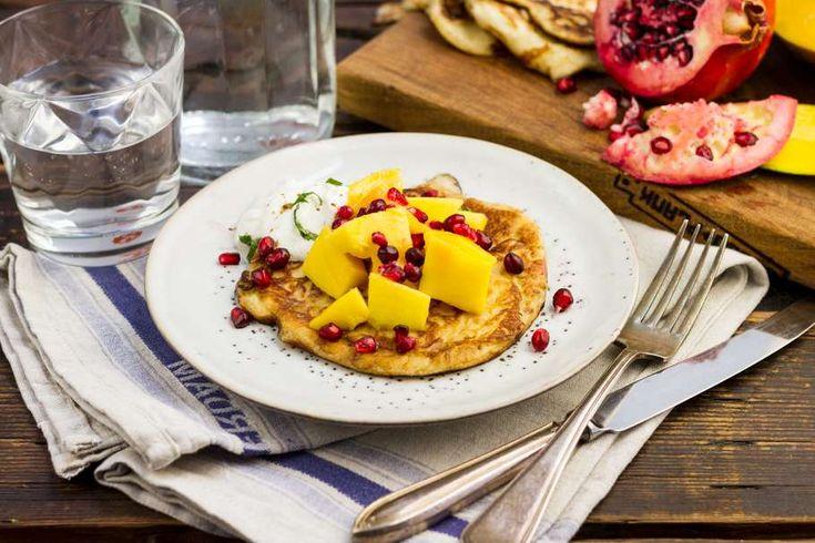Koken met Aanbiedingen: kwarkpannenkoekjes met mango en granaatappel