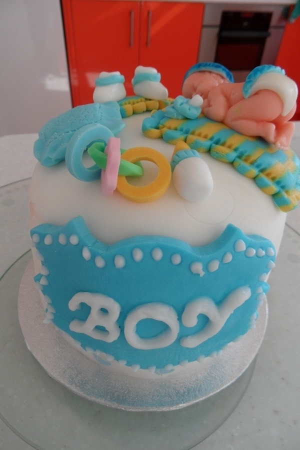 1000 images about baby shower cakes on pinterest owl for Baby boy cake decoration
