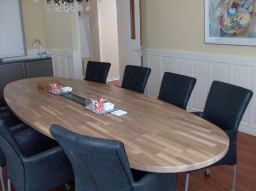 25+ beste idee u00ebn over Ovalen Tafel op Pinterest   Ronde eettafels, Ronde tafels en Ovale eettafels