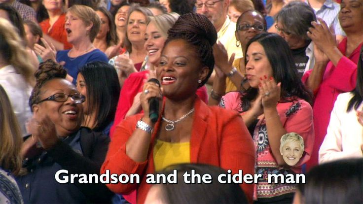 Ellen s audience sings uptown funk rhiannonyoung54 music back