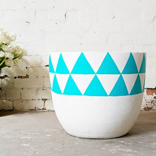 Aztec Lightweight Pot by Pop & Scott. Can't take my eyes off this gorgeous turquoise design.