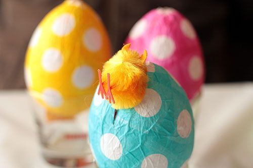 papier-mache easter eggs: Mache Easter, Polka Dots, Apartment Therapy, Easter Crafts, Paper Mache, Easter Eggs, Eggs Crafts, Papier Mache, Easter Ideas