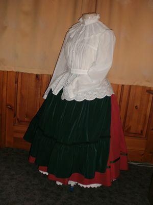 Dél-alföldi viselet Pirisáné Nagy Katalin - Népviseletkészítő