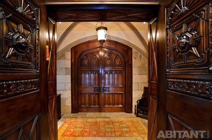 Леревянный декор дверей