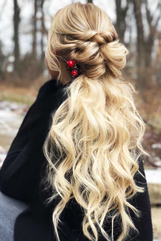 64 Incredible Hairstyles For Thin Hair Lovehairstyles Hairstyles For Thin Hair Hair Styles Pouf Hair