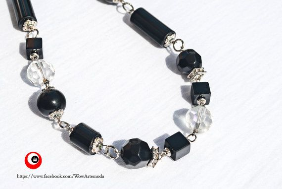 Stunning Necklace with black and transparent stones di WoWArteModa, €14.90