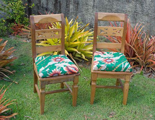 Minhas cadeiras reformadas com novo assento estofado