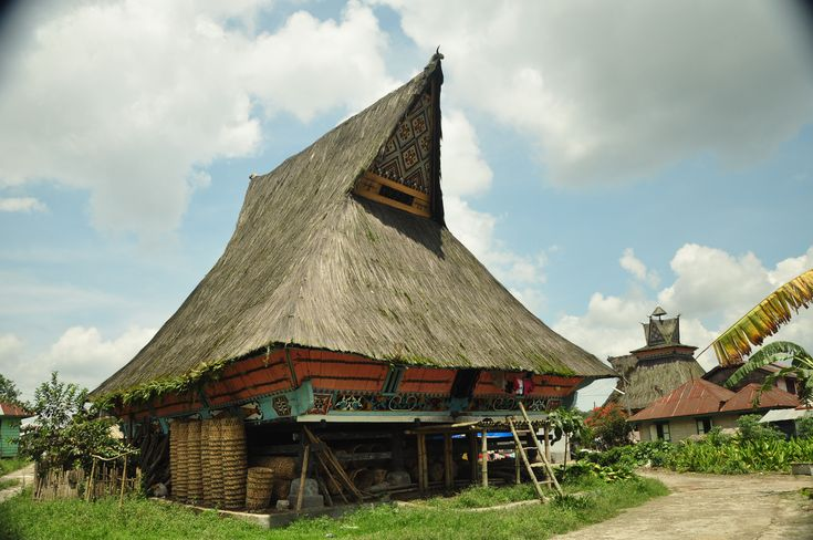 traditional houses in southeast asia -