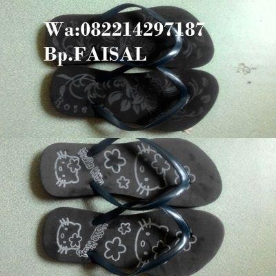 004 Kami menjual sandal jepit spon menerima partai dalam jumlah banyak harga grosir Pengambilan di bawah 3 kodi Sandal Jepit Biasa Dewasa Rp.110.000/kodi ( 20 pasang ) Sandal Jepit Biasa Anak Rp,100.000/kodi ( 20 pasang ) Sandal Jepit Weges Rp,220.000/kodi ( 20 pasang )  Pengambilan di atas 3 kodi Sandal Jepit Biasa Dewasa Rp.100.000/kodi ( 20 pasang ) Sandal Jepit Biasa Anak Rp,90.000/kodi ( 20 pasang ) Sandal Jepit Weges Rp,200.000/kodi ( 20 pasang )   bisa langsung kontak Bpk Faisal