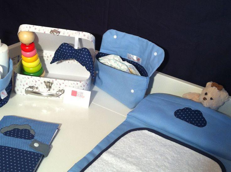 Un monde de petit bonhomme en bleu Frou-Frou... <3 http://www.alittlemarket.com/boutique/l_atelier_cousette-1073953.html