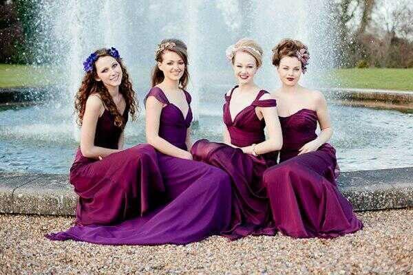 Las Damas de honor son un factor muy importante en tu boda , ya que serán tu apoyo en todo momento , aquí te presentamos una opción de color .