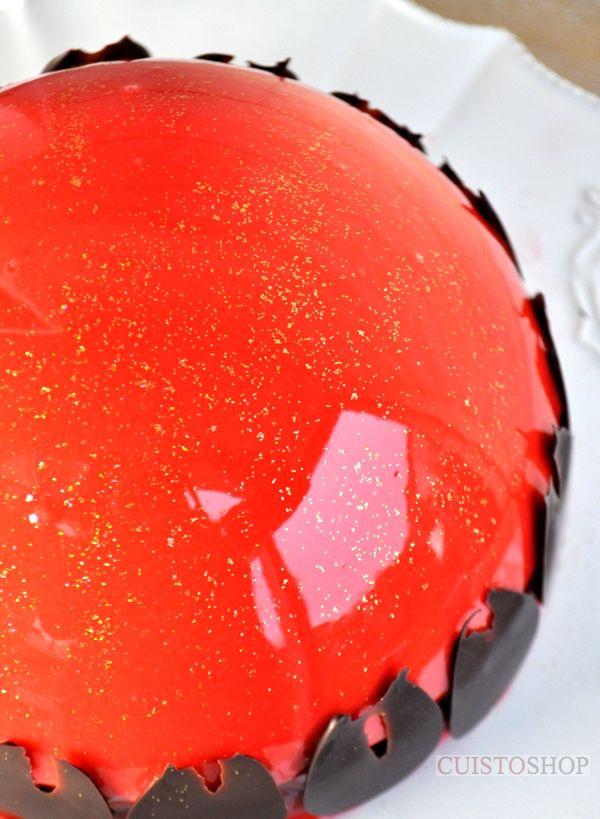 Bombe au chocolat & praliné glaçage miroir une recette du blog Cuistoshop que je vais tester le week-end prochain