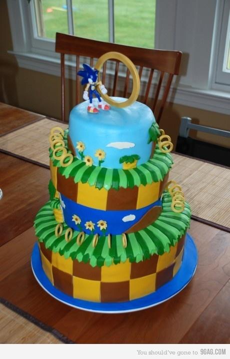 sonic cake? yeeeesss!
