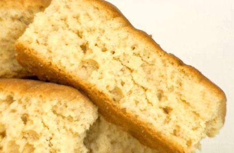 KOM ONS BAK – die lekkerste karringmelkbeskuit ooit !! 1 kg bruismeel 5 ml bakpoeier 5 ml sout 5–10 ml anyssaad (opsioneel) 200 g (250 ml) suiker (of tot 300 g vir diegene wat beskuit nogal s…
