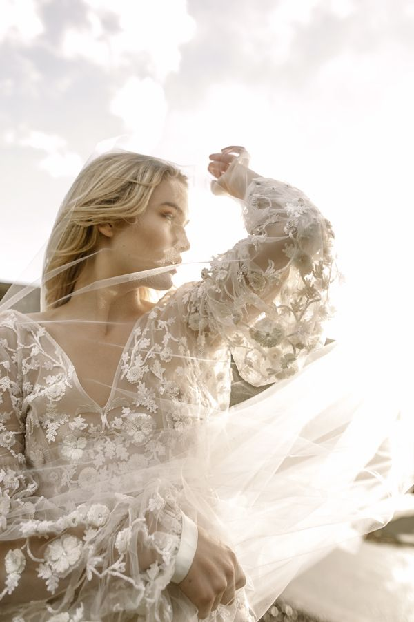 Australian Bridal Brand Leto Is What Cool Brides Everywhere Have Been Waiting For Light Airy And Modern Wedding Dresses Perfect Dancing In