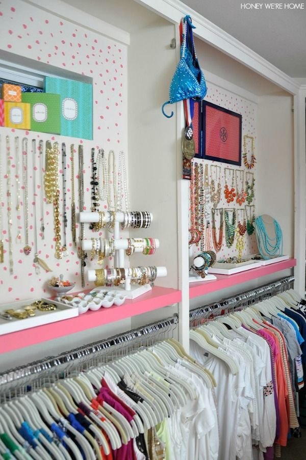 DIY Beautiful Closet Makeover With Genious Painted Walls Tutorial !
