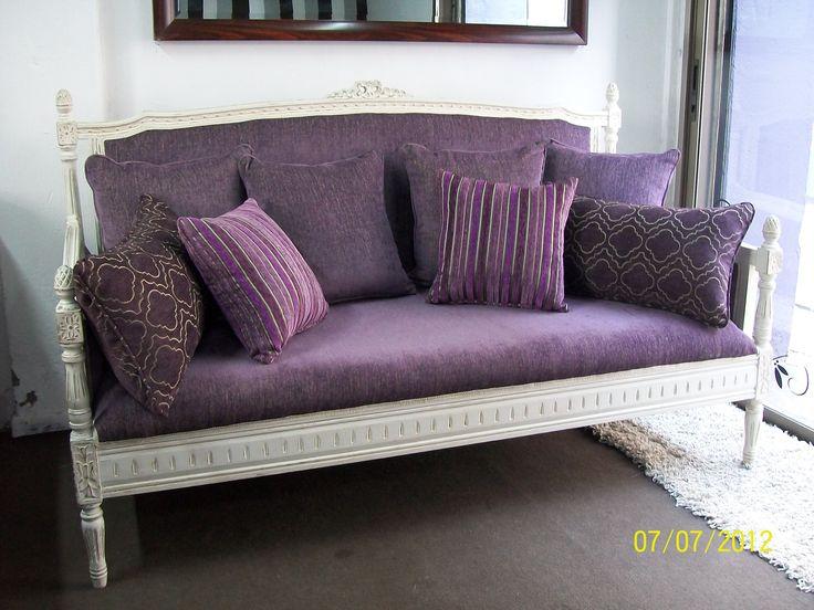 Sofá estilo Luis XVI, reciclando una cama .