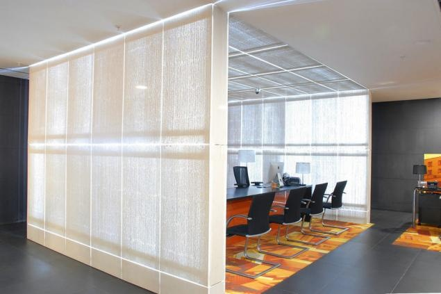 New headquarter of Bank of Georgia:  Illuminated translucent concrete  for interior design  By Lucem Lightbeton