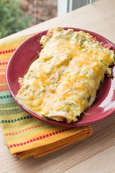 Skinny Sour Cream Chicken Enchiladas - Macaroni and Cheesecake